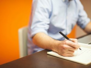 Scrivere a mano o con tastiera, quali vantaggi?