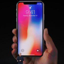 iPhone: la storia dello smartphone di Apple fino al nuovo iPhone X